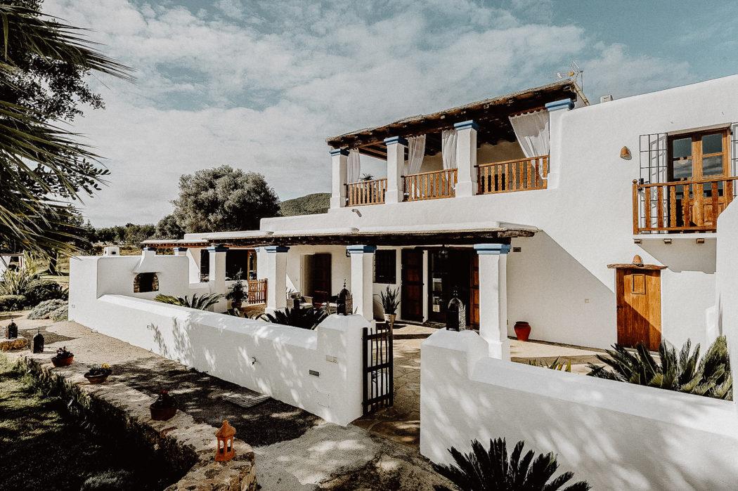Eine Finca in den Hügeln, Ibiza Umgebungsbild